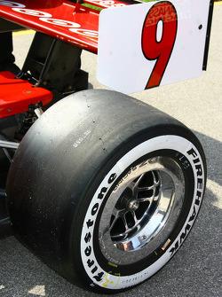 Tire on the car of Scott Dixon