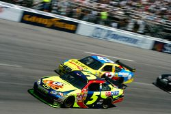 Casey Mears y Bobby Labonte