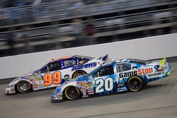 David Reutimann et Joey Logano