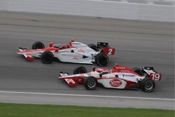 A.J. Foyt IV and Mario Moraes run together