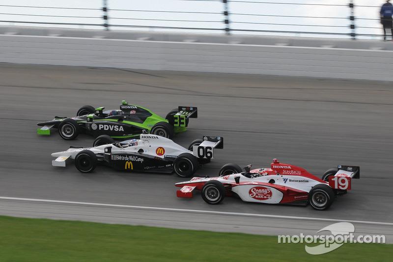 Mario Moraes, Graham Rahal, and Ernesto Viso run together