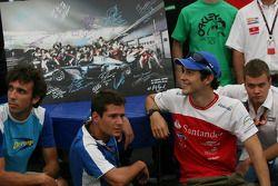 Les pilotes F1 et GP2 Drivers viennent soutenir la Gonzalo Rodriguez Memorial Foundation à la GP2 Hospitality