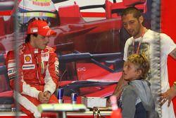 Felipe Massa, Scuderia Ferrari avec Marco Materazzi, footballeur italien de l'Inter Milan, et son fils