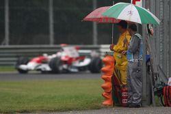 Jarno Trulli, Toyota Racing, et des officiels