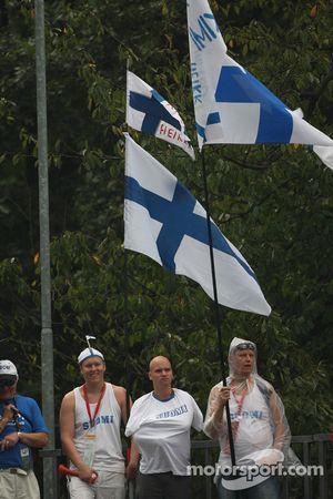 Des fans finlandais