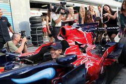 Les filles pour Formula Una avec Sebastian Vettel, Scuderia Toro Rosso