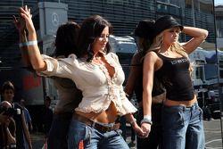 Candice Michelle et Kelly Kelly, WWE Wrestling