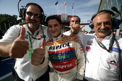 Racing Engineering celebra la pole de Giorgio Pantano