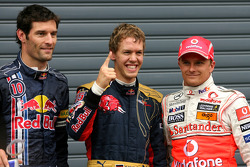 El poleman Sebastian Vettel, segundo Heikki Kovalainen, tercero Mark Webber
