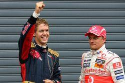 El poleman Sebastian Vettel, segundo Heikki Kovalainen