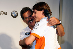 BBQ at FBMW Hospitality: Dr. Mario Theissen, BMW Sauber F1 Team, BMW Motorsport Director, Esteban Gutierrez, Josef-Kaufmann-Racing