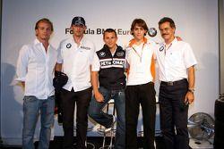 BBQ at FBMW Hospitality: Nico Rosberg, WilliamsF1 Team, Robert Kubica, BMW Sauber F1 Team, Christian Klien, BMW Sauber F1 Team, Esteban Gutierrez, Josef-Kaufmann-Racing et Dr. Mario Theissen, BMW Sauber F1 Team