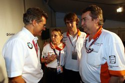 BBQ at FBMW Hospitality: Dr. Mario Theissen, BMW Sauber F1 Team et Esteban Gutierrez, Josef-Kaufmann-Racing avec ses parents