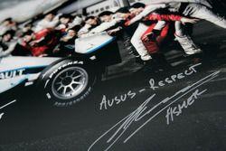 Les pilotes F1 et GP2 s'unissent pour la solidarité: la signature et le message de solidarité de Marko Asmer