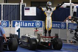 Lucas di Grassi celebrates his victory on the podium