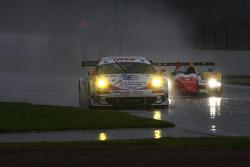 #76 IMSA Performance Matmut Porsche 997 GT3 RSR: Richard Lietz, Raymond Narac