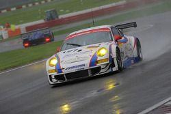 #91 Farnbacher Racing Porsche 997 GT3 RSR: Dirk Werner et Lars Erik Nielsen