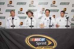 Conférence de presse UPS/Roush Fenway Racing : Jimmy Fenning, Jack Roush, David Ragan et Ron Rogowski