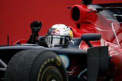 Sebastian Vettel célèbre sa victoire