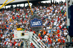 Un panneau Lowe's