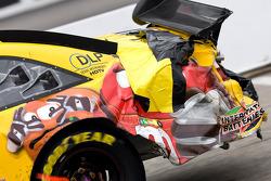 Des dégâts sur l'arrière de la M&Ms Toyota