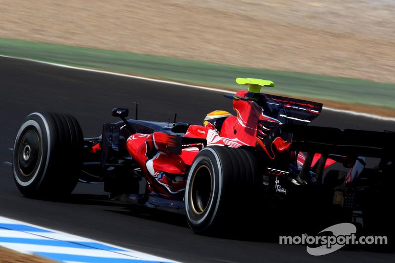 Sebastien Buemi, Test Pilotu, Scuderia Toro Rosso, STR03