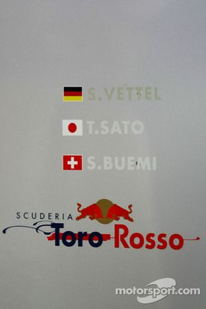 Sebastian Vettel, Takuma Sato et Sébastien Buemi, Scuderia Toro Rosso