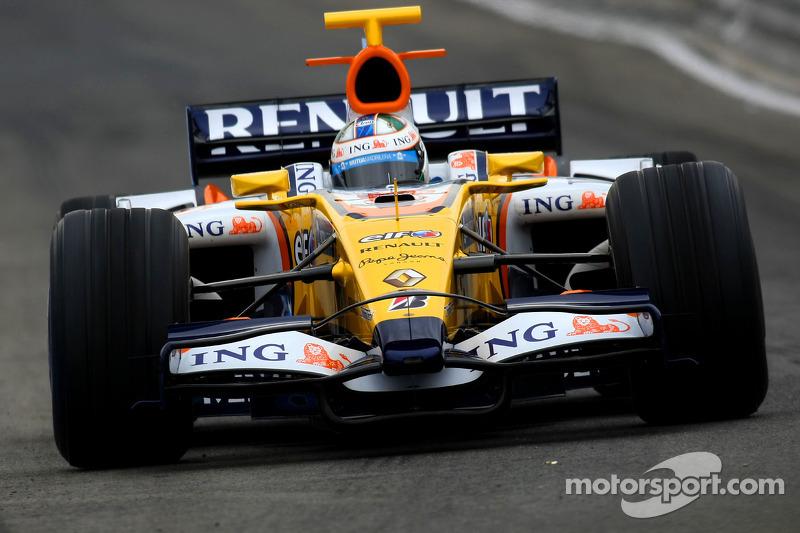 Ele continuou na função de piloto de testes da Renault na F1 ao longo daquele ano.