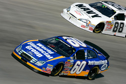 Carl Edwards et Brad Keselowski