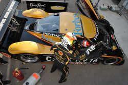 Cheever Racing practice driver change