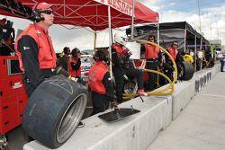 Alex Job Racing team members at the ready