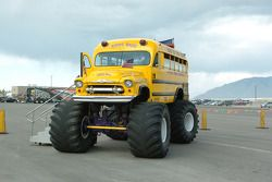 S'Cool Bus