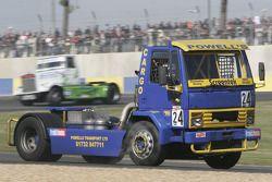 24-Steven Powel-Ford Cargo