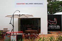 La zone de l'équipe McLaren Mercedes