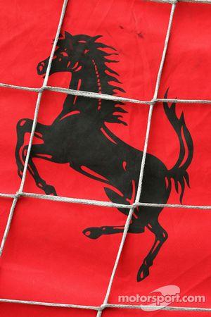Caisse de transport de la Scuderia Ferrari