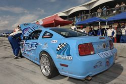 Mechanical problem for #112 Larry Miller Racing Ford Mustang GT: James Burke, Dan McKeever