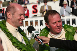 Le podium du Tourist Trophy : Martin Brundle/Adrian Newey