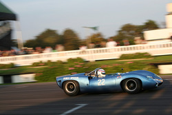 Whitsun Trophy: Simon Hadfield, Lola-Chevrolet T70 Spyder 1965