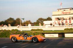 Whitsun Trophy : Nick Whale-McLaren M1B