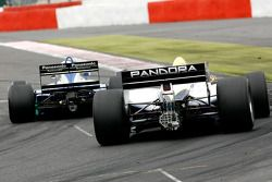 #8 Chris Woodhouse (GB) Woodhouse Bros., F1 Lola T90/50 Cosworth 3.5 V8, et #11 Walter Colacino (I) Scuderia Grifo Corse, IRL G-Force Chevy 3.5 V8
