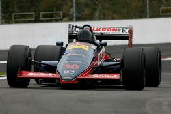 Aux stands : Christian Van Hee (NL) Brett Racing Team , F1 Lola SR27 Cosworth 3.5 V8