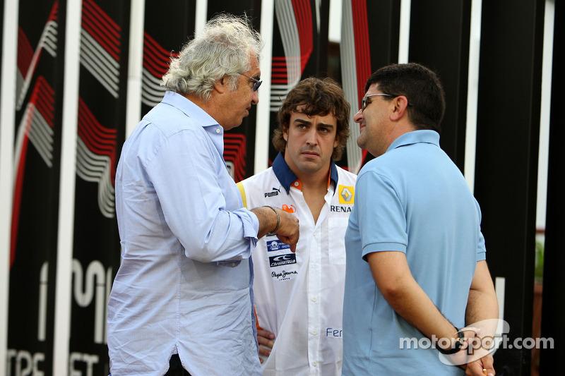 Flavio Briatore, Renault F1 Team, Teamchef; Fernando Alonso, Renault F1 Team; Luis Garcia Abad, Mana