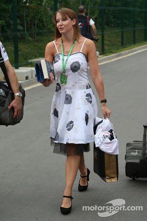 Catherine Hyde, novia de Heikki Kovalainen