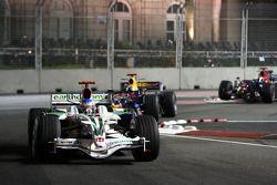 Jenson Button, Honda Racing F1 Team devant David Coulthard, Red Bull Racing