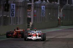 Jarno Trulli, Toyota F1 Team, Kimi Raikkonen, Scuderia Ferrari