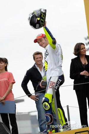 Podium: race winner and 2008 World Champion Valentino Rossi