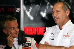 Heikki Kovalainen, McLaren Mercedes, Ron Dennis, Presidente de McLaren y director del equipo
