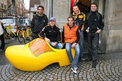 Robert Doornbos, driver of A1 Team Netherlands and Jeroen Bleekemolen, driver of A1 Team Netherlands