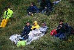 Race fans in the dunes
