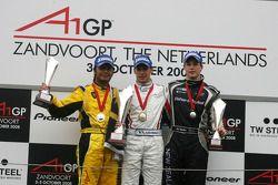 Podium, Loic Duval, pilote A1 Team France, Fairuz Fauzy, pilote A1 Team Malaysia et Earl Bamber, pilote A1 Team New Zealand